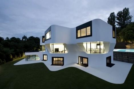 modern futuristic house design